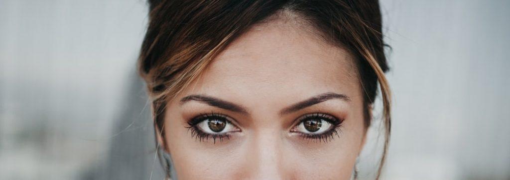 Eliminar tatuaje de cejas o microblading con laser, eliminar  micropigmentación de cejas o labios, tattoo cleaners